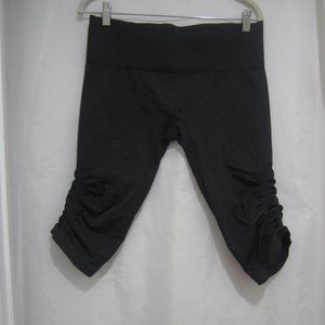 Lululemon 12 In The Flow Crop Leggings Heathered